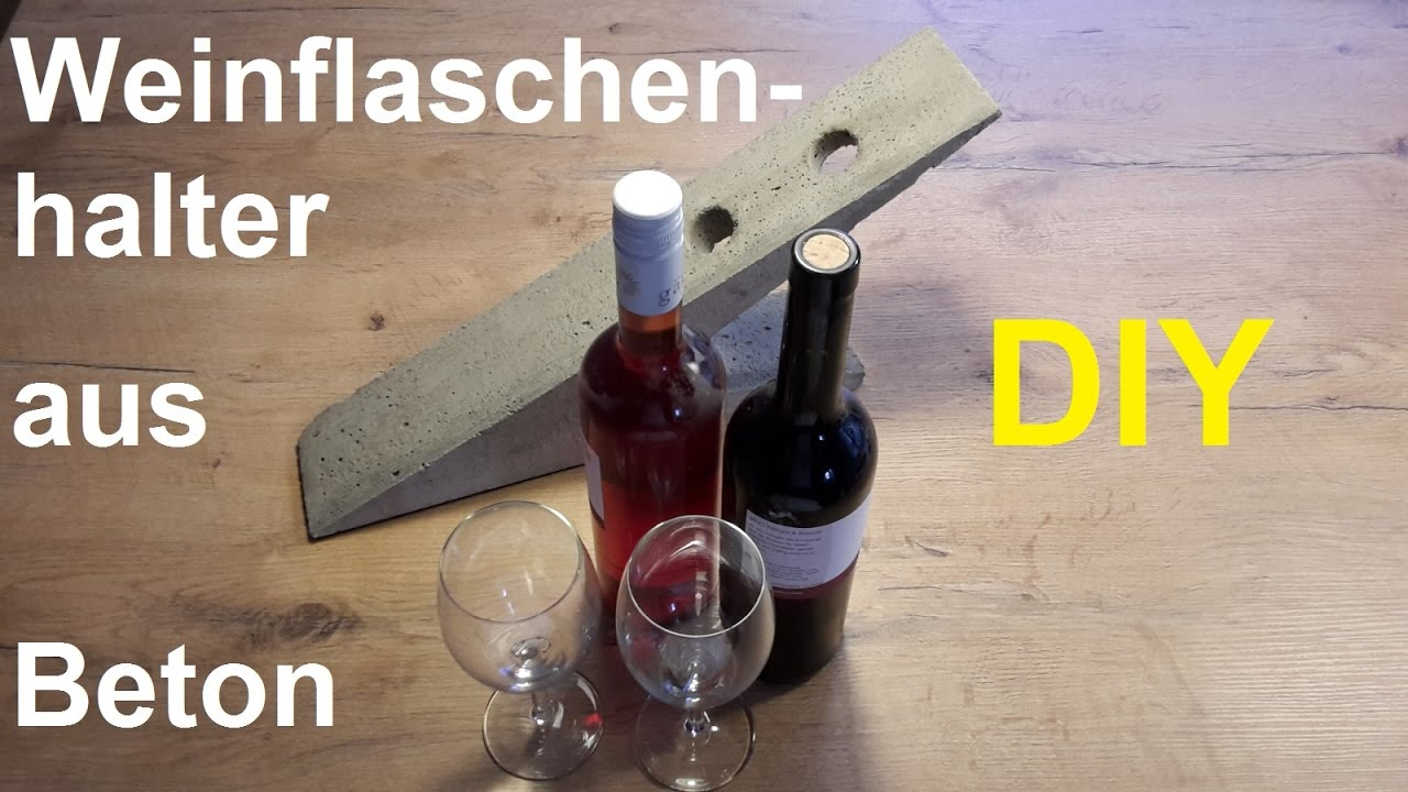 diy weinst nder aus beton selber machen flaschenhalter basteln aus beton gie en shabby chic. Black Bedroom Furniture Sets. Home Design Ideas