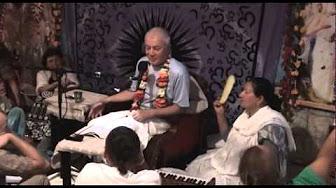 Чайтанья Чаритамрита Мадхья 25.133 - Чайтанья Чандра Чаран прабху