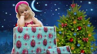 Ce jucarii si cadouri pentru copii a gasit Anabella? Anabella Show