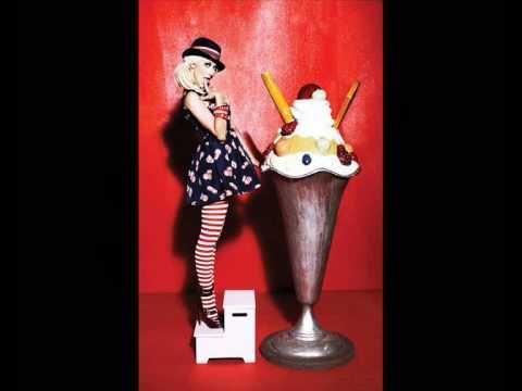 Christina Aguilera-Genie 2,0 mp3