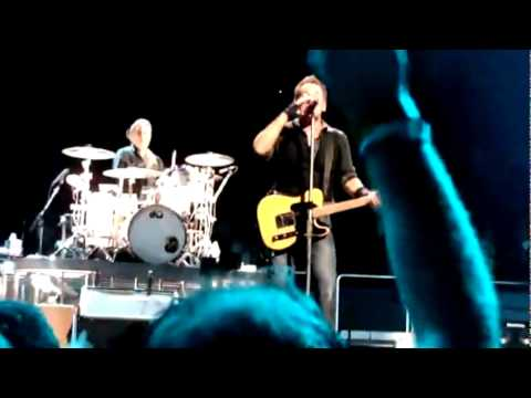Bruce Springsteen - Out In The Street - 2009/11/08 - Madison Square Garden NYC