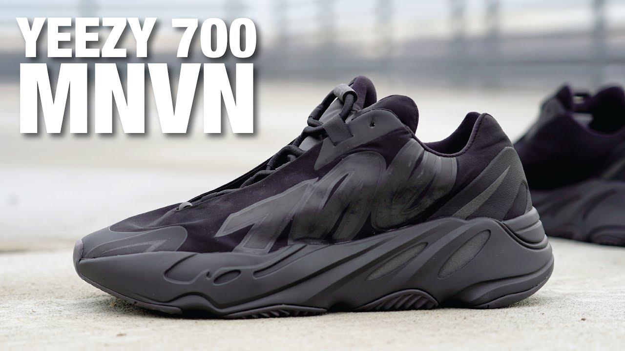 yeezy 700 triple black
