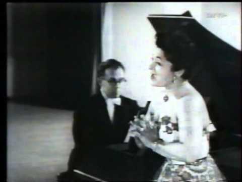 Jennie Tourel (mezzo) sings Pergolesi, late 1950's footage.