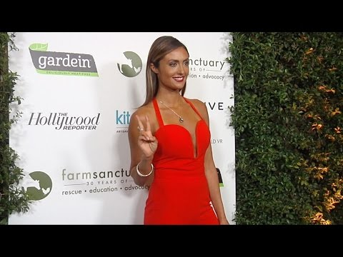 "Katie Cleary ""Farm Sanctuary's 30th Anniversary Gala"" Green Carpet"