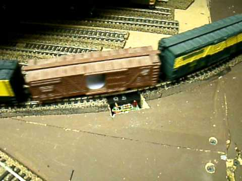 Scanning a HO Scale Train with a RFID reader