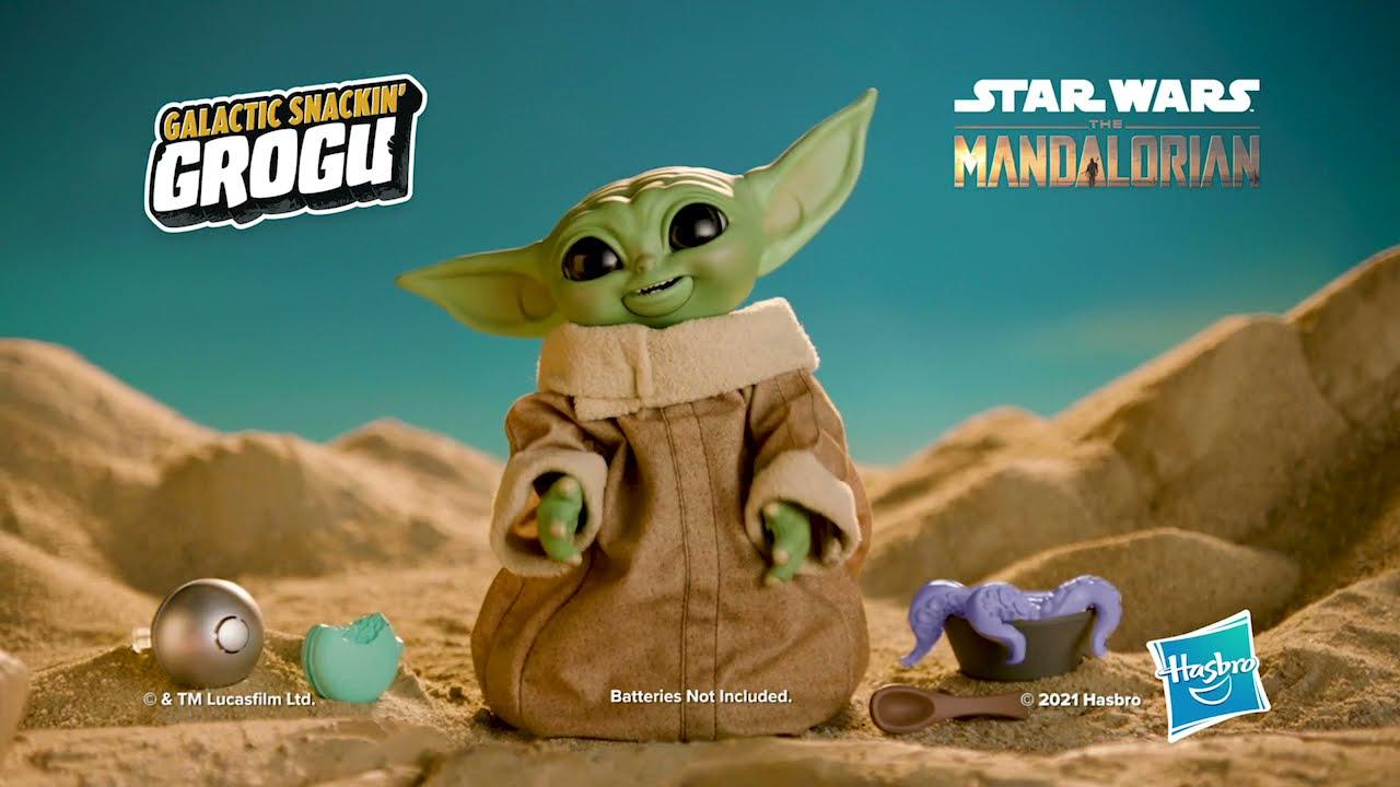 Hasbro's new animatronic Baby Yoda eats snacks, uses the Force ...