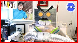My Pet Robot Kicked Me Out of My Office!!! Now, He's the Boss?