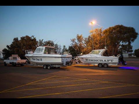 Bass Strait Offshore 30 vs Edencraft 233 Formula Platinum