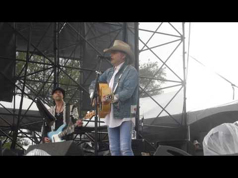 Dwight Yoakam - Little Ways (FPSF Houston 05.31.14) HD