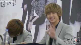 """[FanCam] 120115 Boyfriend's Fansign Event at Yeongdeungpo - Youngmin """"Killer Smile"""""""