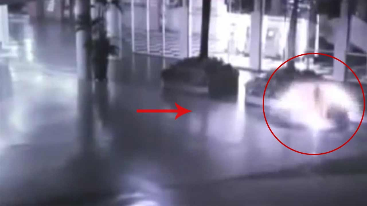 Angel caught on mall CCTV cameras, Watch Video