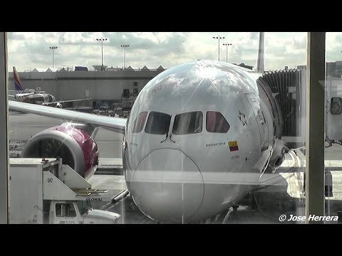 Avianca Airlines Boeing 787 LAX To BOG