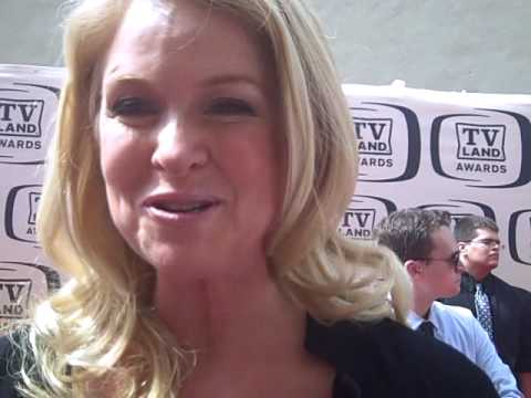 Donna Dixon talks Bosom Buddies at the TV Land Awards
