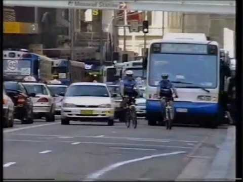 Sydney bicycle courier documentary PART 1 of 2, bike messenger, 2001 crash
