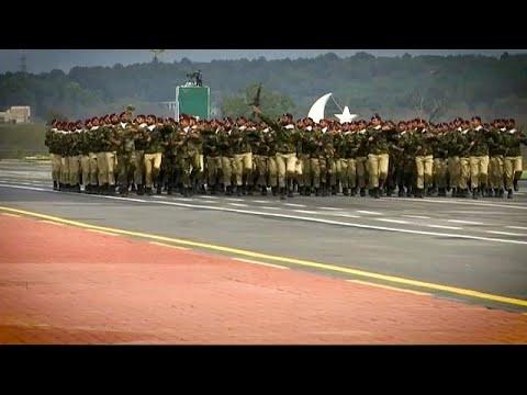شاهد: باكستان تحتفل بيومها الوطني باستعراض عسكري بمشاركة ماليزيا…  - نشر قبل 10 ساعة