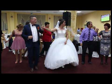 Nunta Oana&Flavius 5(primirea invitatiilor)