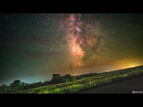 Video: Incredible timelapse shows Earth's rotation relative to the Milky Way