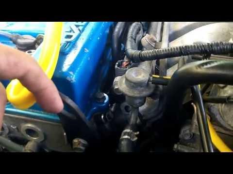 Mazda 626 - Fuel Pressure Regulator Replacement
