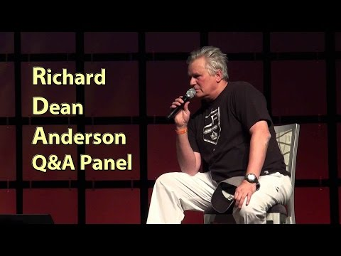 Richard Dean Anderson HD Phoenix Comicon 2014 MacGyver Stargate Panel