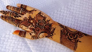 Latest Mehndi Design  For Hands - Unique Henna Pattern