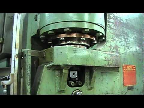 Pacific 150 Ton x 10' Hydraulic Press ke - YouTube