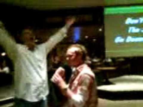 Snooker: Del does karaoke part 3 the grand finale