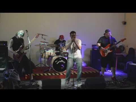 První koncert kapely DUTY Free