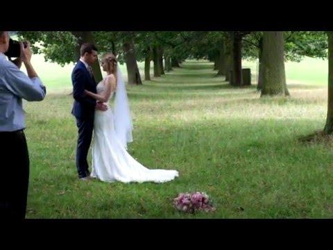 Wedding photographic style - Alan Harbord Photography
