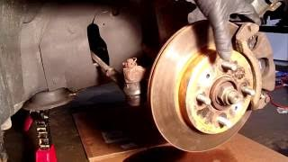 Replacing Front Wheel Bearing In Saturn SL2, Pressed Using Harbor Freight Hydraulic Press