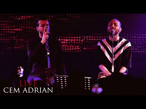 Cem Adrian & Mabel Matiz - Geçti Dost Kervanı (Live)