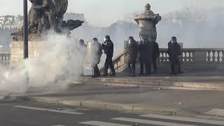 Gilets jaunes Acte 14 : des milliers de manifestants et des débordements (16 février 2019, Paris)