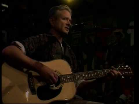 Tom Everett  singing his