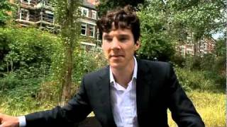 Benedict Cumberbatch Shows Off His Detective Skills.
