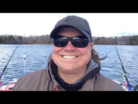 live fishing on lake wylie winter catfish on lake wylie lake wylie catfishing youtube. Black Bedroom Furniture Sets. Home Design Ideas