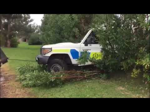Police Vehicle Removed After Crashing Into Hedges, Feb 27 2018