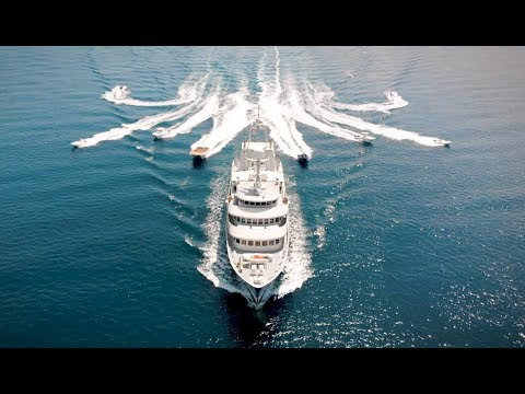 RENT THIS SUPER-YACHT!!!! SO MANY TOYS!!!