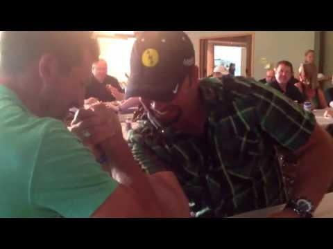 Former Indianapolis Colts, Dallas Clark and Hunter Smith arm wrestle.