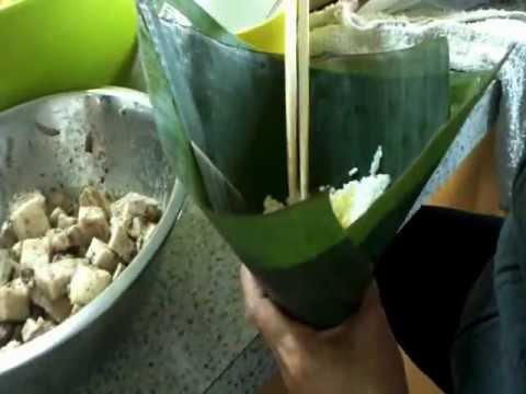 How to wrap vietnamese rice cake(banh u)