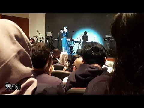 Download Intimate showcase LEXICON by ISYANA SARASVATI Mp4 baru