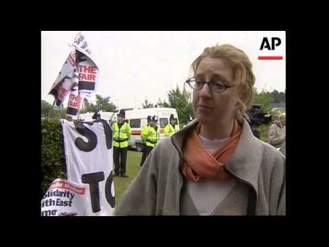 UK: ARMS-TRADE PROTESTORS CLASH OVER EAST TIMOR