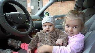 We are in the car | Kids Song | Nursery Rhymes | Kids Story