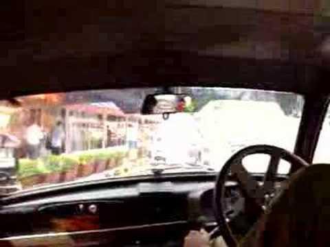 Mumbai (Bombay) from a Taxi