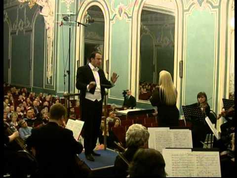 Michael Zukernik conducts Reinhold Glier's Concerto for Coloratura Soprano and Orchestra