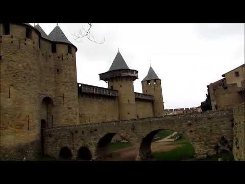 carcassonne---uma-das-cidades-medievais-murada-mais-conservada-da-europa---sul-da-frança