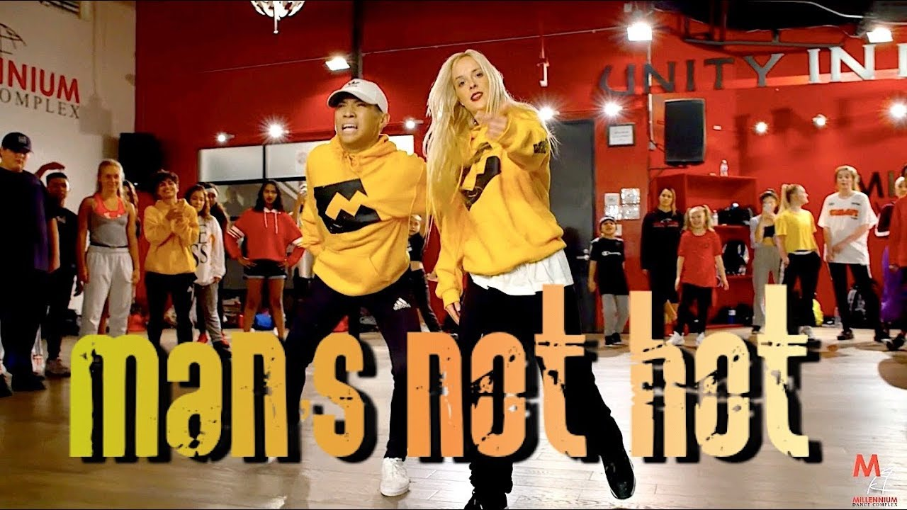 MAN'S NOT HOT - Big Shaq | Choreography by @NikaKljun