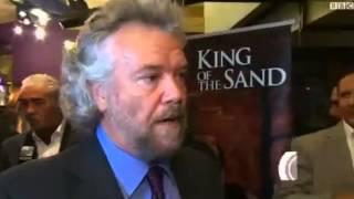 ملك الرمال الفيلم الذي بذل آل سعود بن يهود كل ما بوسعهم لايقافه يعرض الان في بريطانيا 15 12 2013