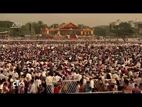 Messe au Kyaikkasan Ground de Rangoun