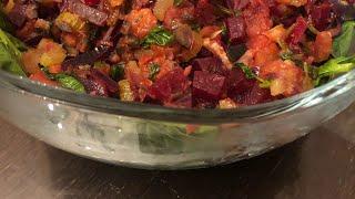 Салат из свеклы, сельдерея и шпината( простой рецепт салата)