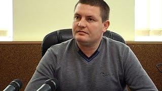 Начальник поліції розповів про пограбування перехожих жінок у Коломиї(У Коломиї чоловік з ножем грабував перехожих жінок. У неділю до поліції звернулося четверо потерпілих із..., 2016-10-13T07:35:22.000Z)