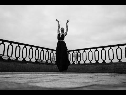 Alena Kovaleva – September's Dream